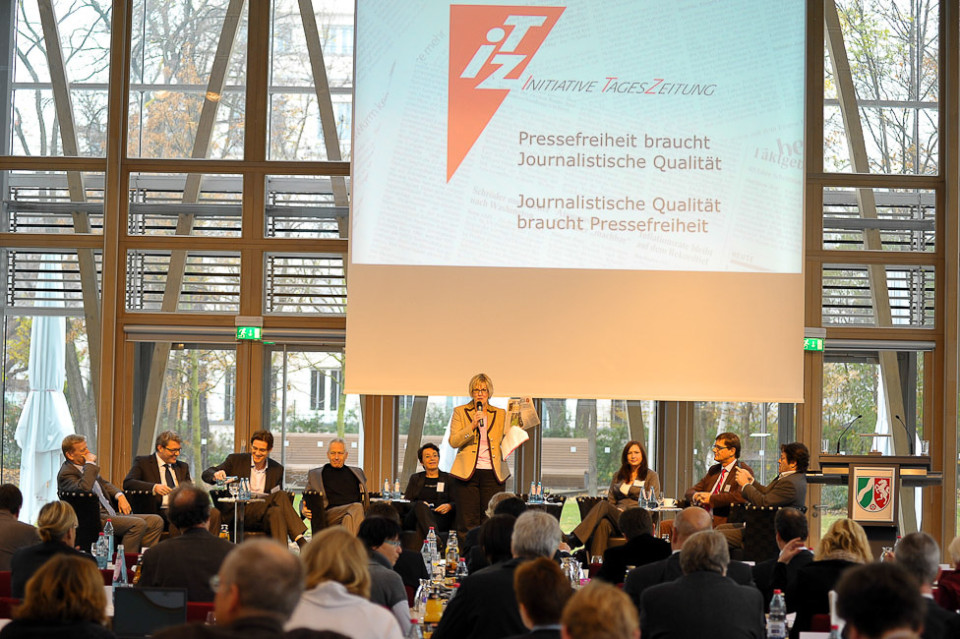 Ein Klick aufs Foto startet die Diashow vom ITZ-Jubiläum in der Berliner NRW-Landesvertretung (Fotos: Joachim Liebe)